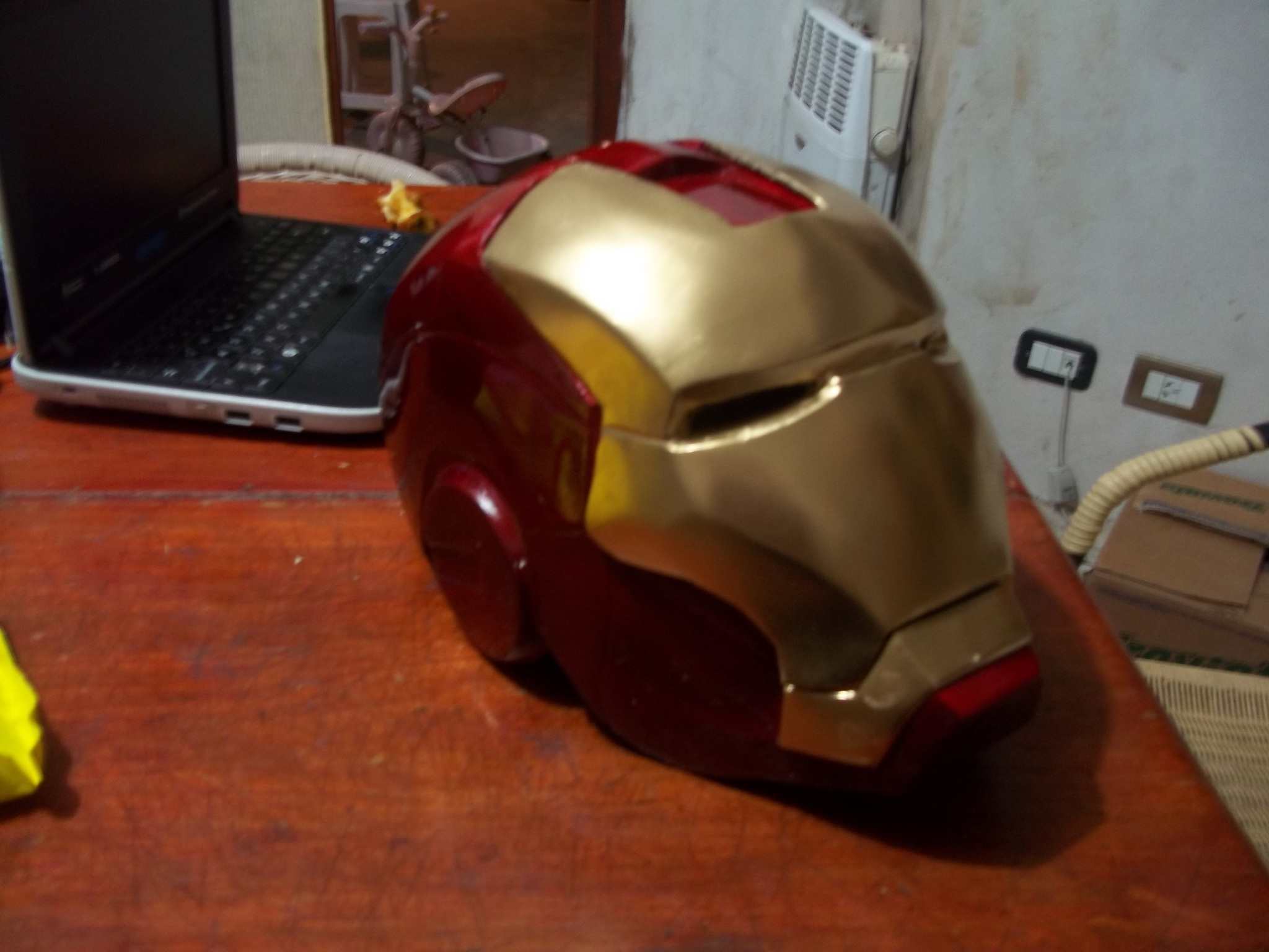 Casco de iron man sin morir en el intento [tuto]